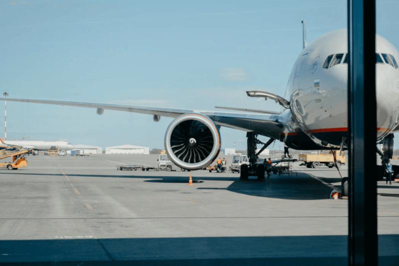 amex - アメックスの空港送迎(エアポート送迎サービス)ってなに?旅行・出張帰りは楽に帰る【2人以上ならお得】