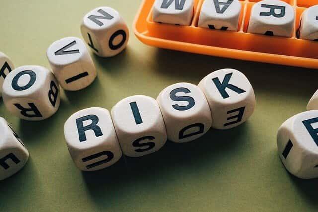 仮想通貨暴落時の対策!ショートでリスクヘッジで損失を最小限に抑える!考え方を覚えて実践しよう
